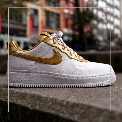 the latest 9aad3 9eed7 Nike Air Force 1 Low Supreme i o tz Gold Medal