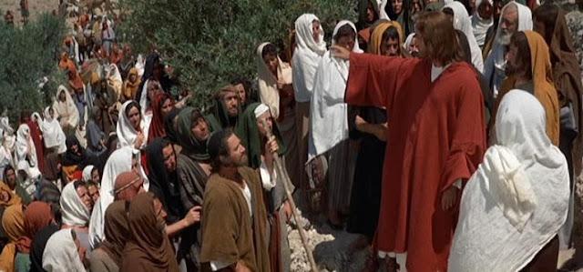 Resultado de imagem para cenas de Jesus em filmes sermão da montanha