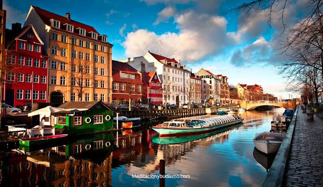 La verdadera razón por la cual Copenhague es la ciudad más feliz del mundo