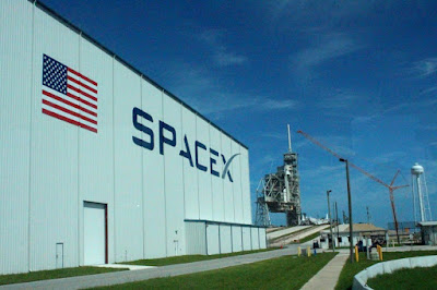 SpaceX, Kennedy Space Center