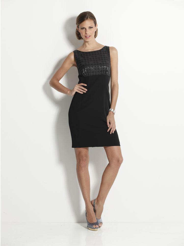robe de soir e noire courte coiffure mariage. Black Bedroom Furniture Sets. Home Design Ideas