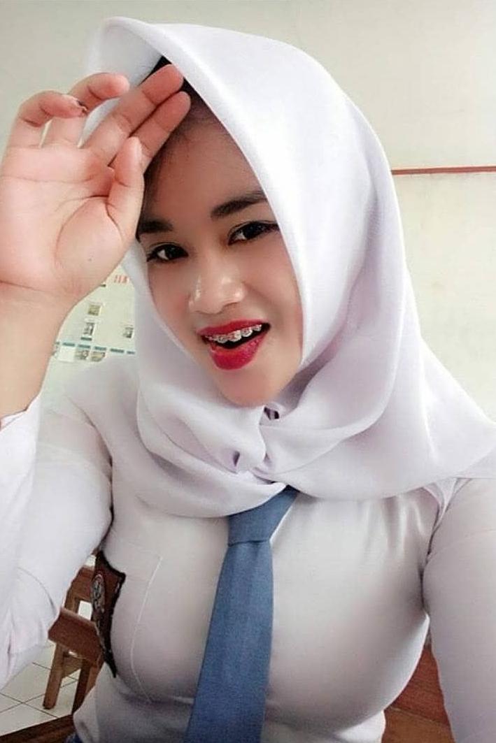 jilbab yang cocok untuk baju warna peach cewek manis siswi seksi