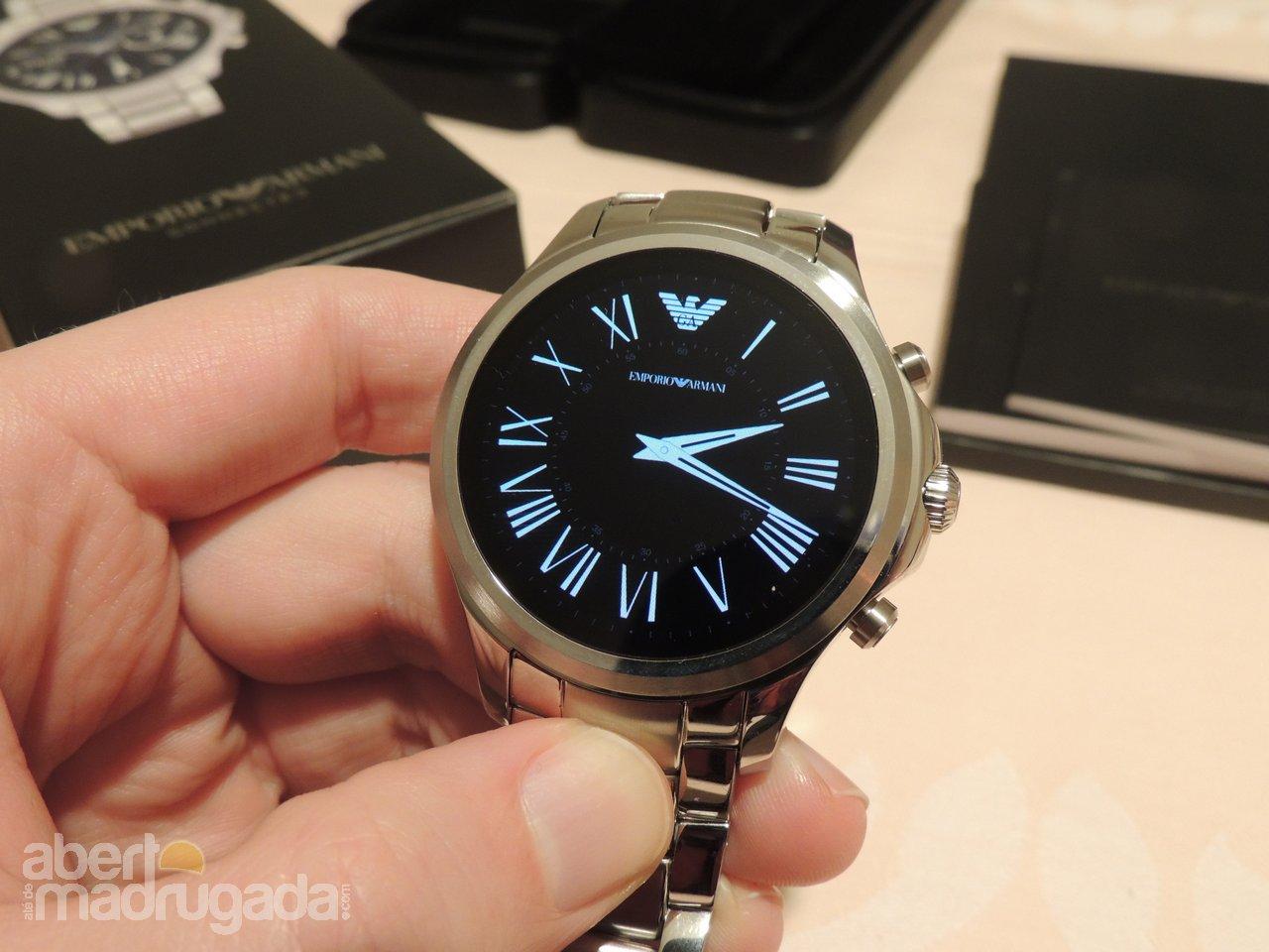 O segmento dos smartwatches Android Wear tem estado bastante parado, com  várias marcas tecnológicas a suspenderem o lançamento de novos modelos. df24e7c4f9