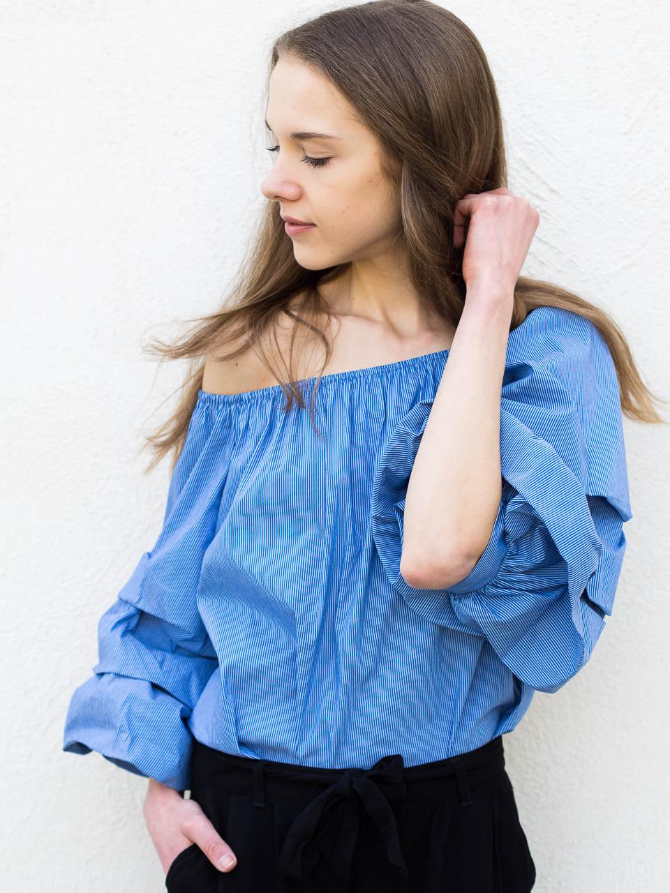 fashion-blogger-summer-style-staples-2018-bardot-top