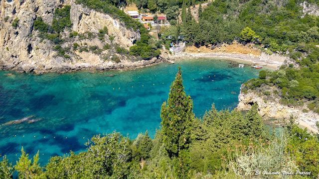 Paleokastritsa Beach - Corfu por El Guisante Verde Project