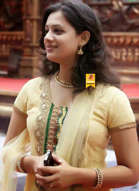 Gorgeous Spruha Joshis Photos  Cute Marathi Actresses -1070
