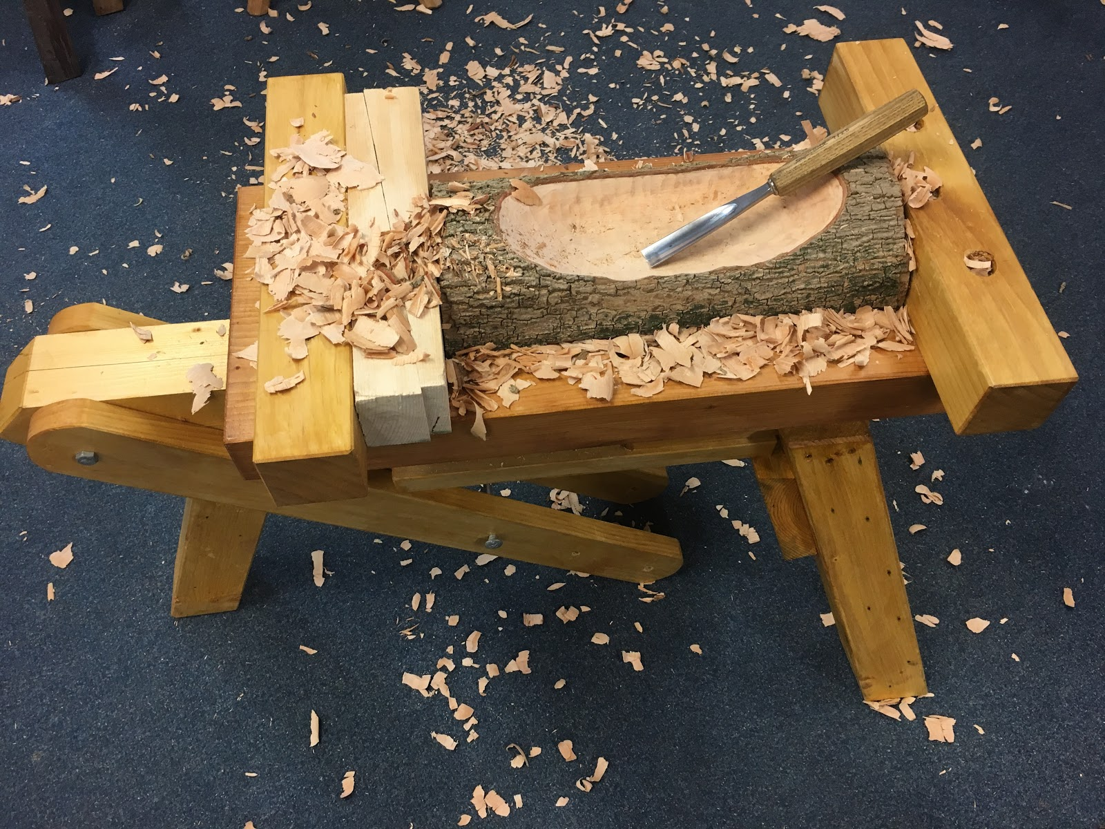 The joy of wood combining a shaving horse and bowl