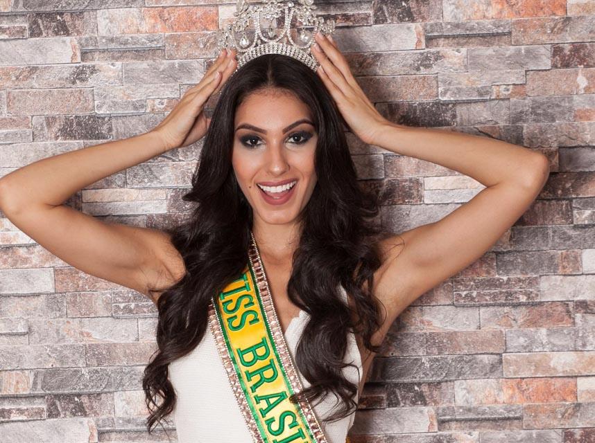 A modelo vi representar o Brasil no Miss Global 2017. Foto: Izlo Buck/Renato Cipriano - Divulgação