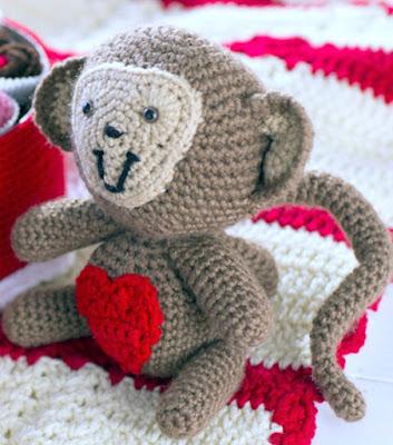 Free Valentine's Animals Crochet Patterns!