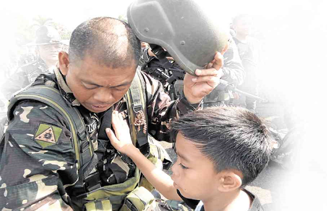 Bicol soldiers join Duterte's war against terror