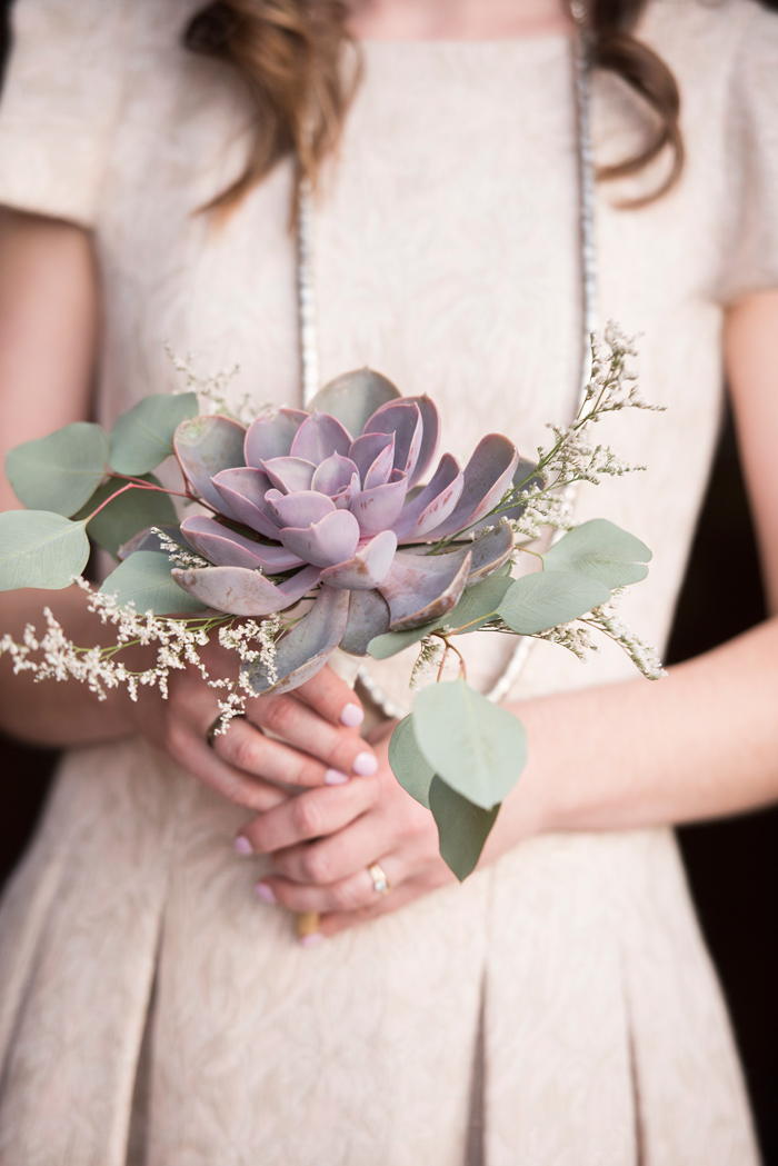 Jessie Moore Photography / Winter Wedding Flowers by Labellum