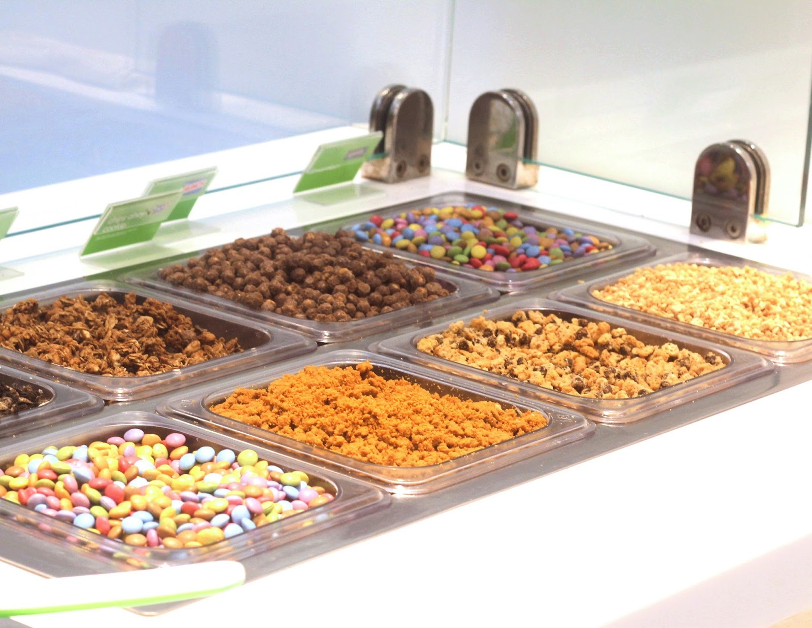 Toppings For Chocolate Fudge Cake