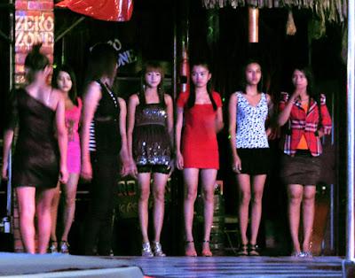 Show time in Yangon at Zero Zone Entertainment