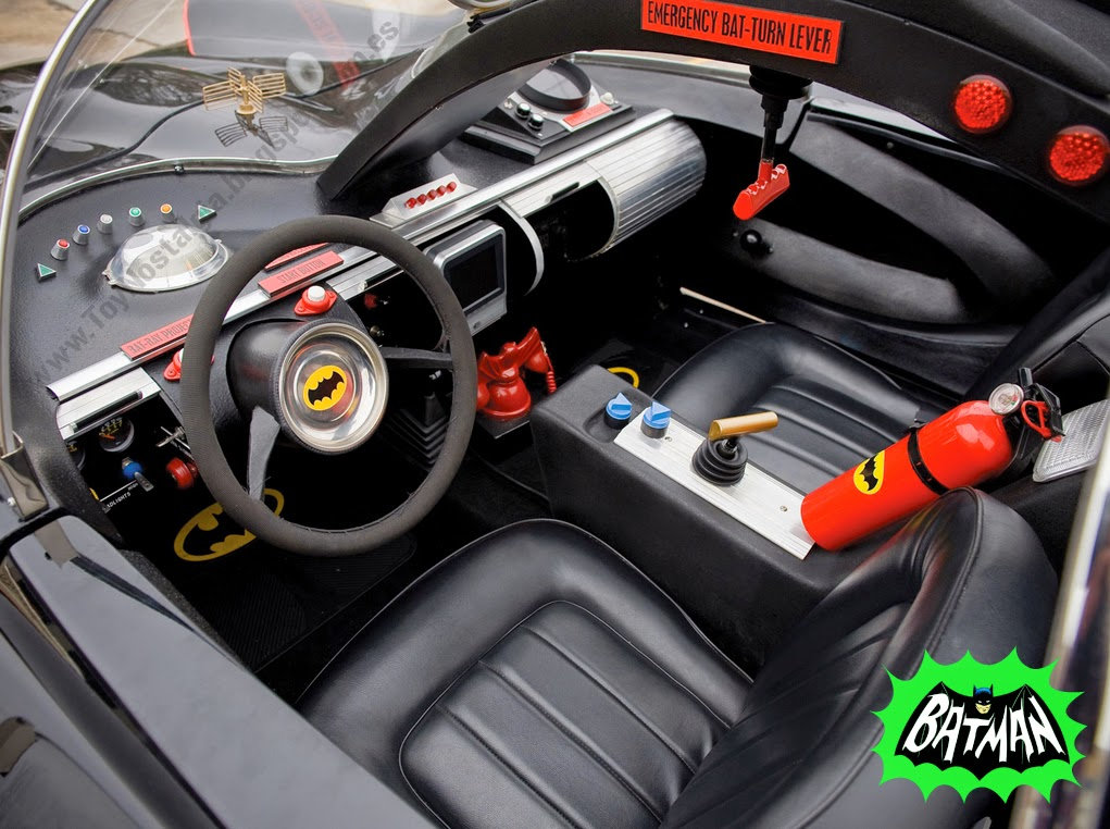 Batman Batmobile 1966 TV Show detalle interior