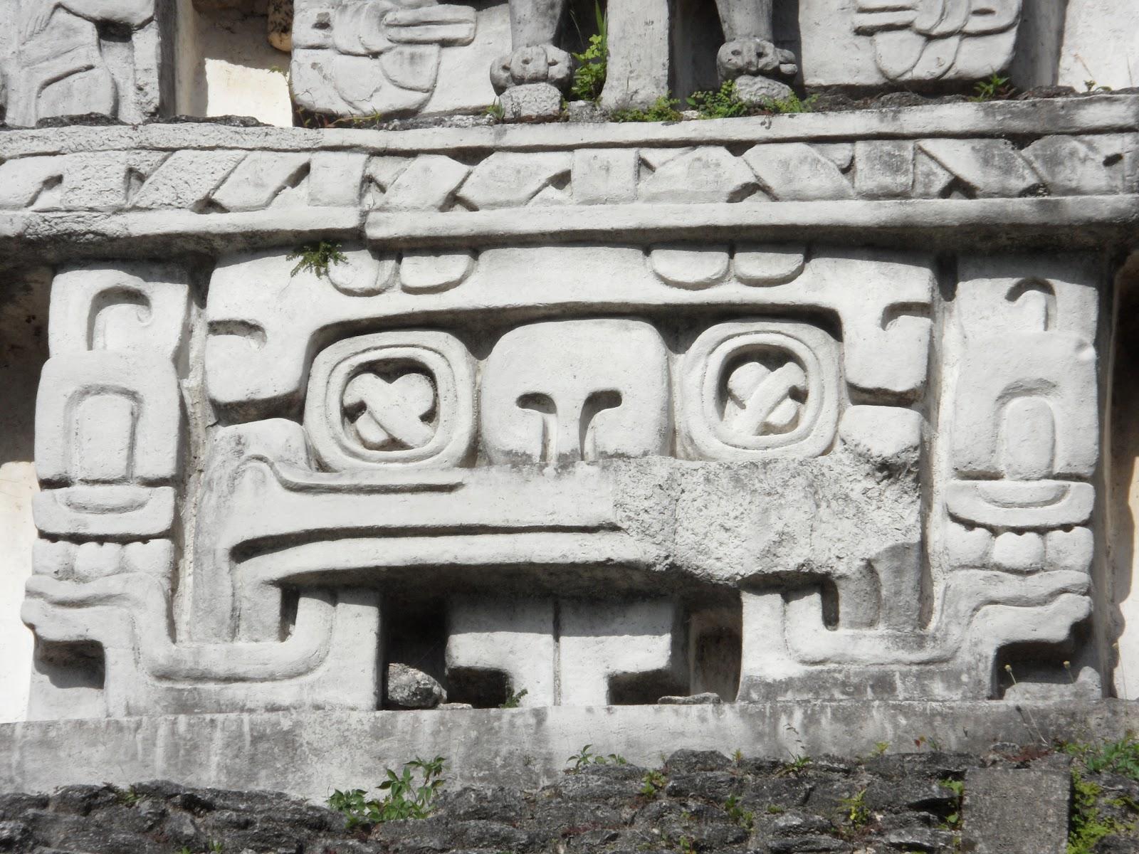 Visitar as ruínas de XUNANTUNICH - Uma inesperada e bela surpresa | Belize