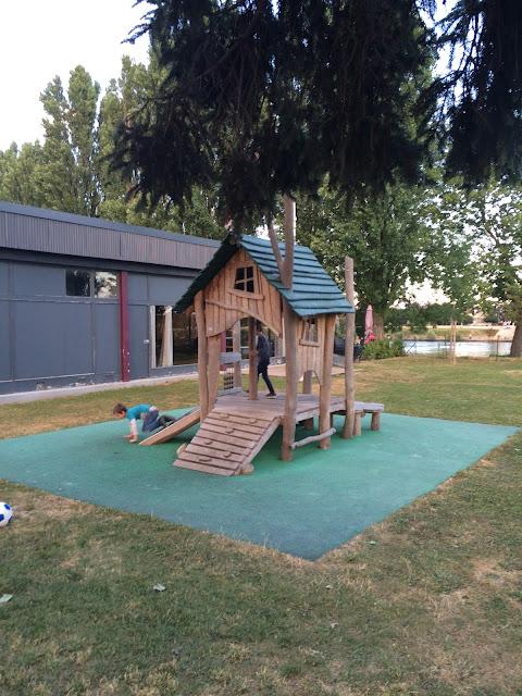Camping International Playground