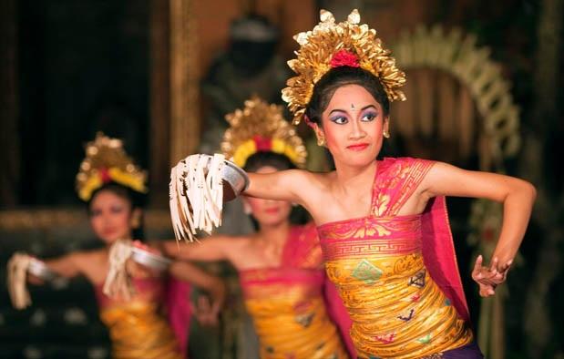 Sejarah, Gerakan, Penjelasan Tari Pendet Asal Bali
