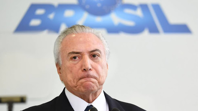 Dono da JBS gravou Temer dando aval para pagar silêncio de Cunha, diz jornal