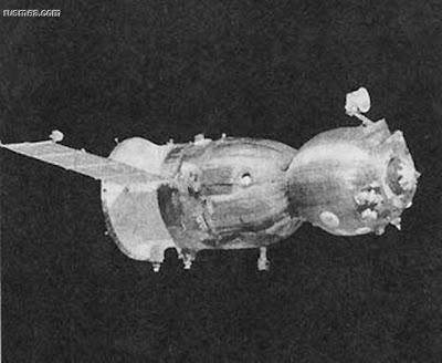 a nave espacial soviética Soyu