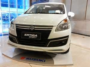 Ertiga Sporty ada dengan 2 pilihan transmisi yaitu manual serta automatis yang di bandrol dengan harga Suzuki MPV Ertiga mulai Rp 180 juta untuk transmisi manual serta Rp 190 juta untuk Ertiga Sporty versus automatis. Untuk penuhi keperluan keluarga Indonesia,