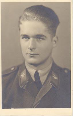 souvenez vous 44 le soldat allemand et sa coupe de cheveux. Black Bedroom Furniture Sets. Home Design Ideas