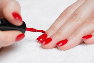 Nail polish lagane ke side-effects in Hindi/Urdu.