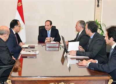الرئيس عبد الفتاح السيسي يجتمع بالقائم بأعمال مجلس الوزراء