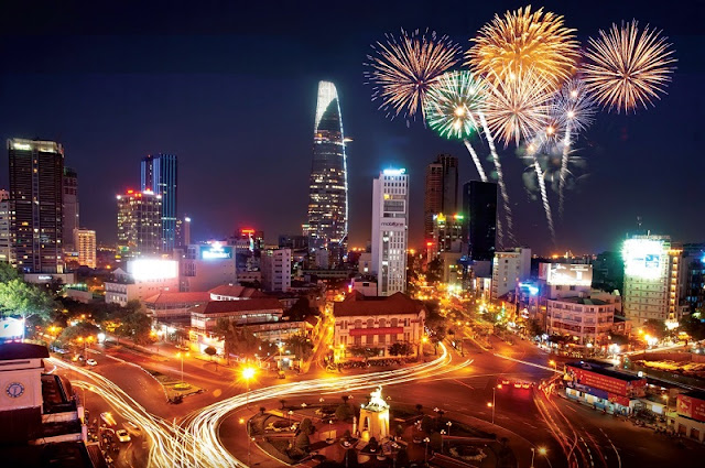 HCM City's plan for weekly fireworks blasted 1