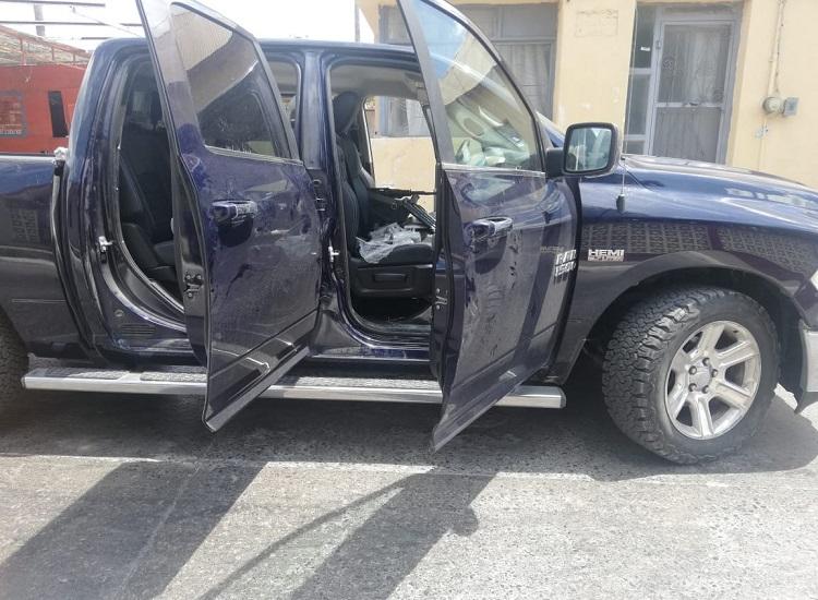 Tamaulipas: A disposición de PGR vehículos con blindaje artesanal, 13 armas, cargadores y cartuchos.