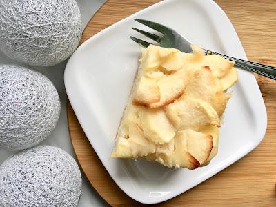 Błyskawiczne ciasto z jabłkami