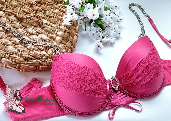 Sutiã da Exuberance na cor pink, com alças em pedrarias