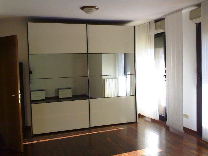 Seriate galleria italia affitto trilocale arredato for Trilocale in affitto bergamo