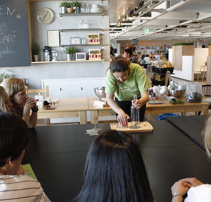 Reciclando con Ikea: Diy lámpara con botella de cristal2