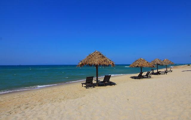 5 Hal Yang Wajib Kamu Siapkan Sebelum Traveling ke Pantai