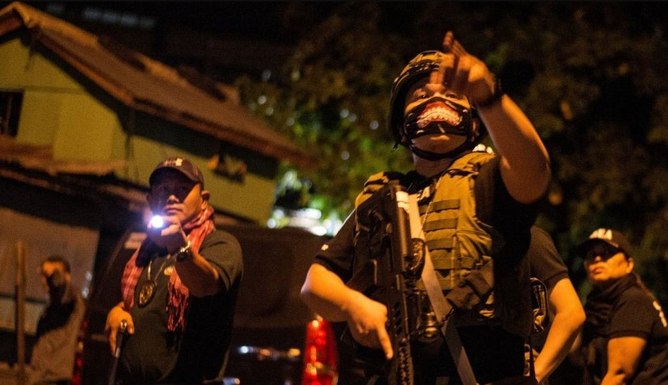 Perang melawan narkoba di Filipina disebut telah membunuh 4.000 tersangka pengedar narkoba, namun kebijakan ini ditentang lembaga HAM