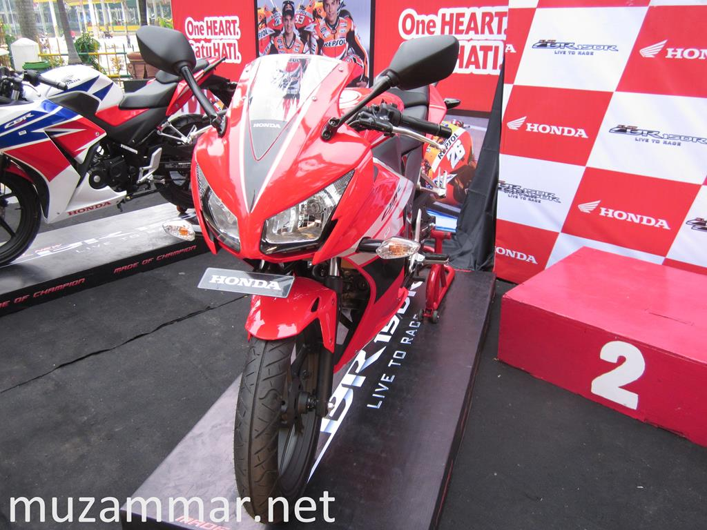 First impression All New Honda CBR 150R dalam acara launchingnya di Kota Medan . . . with Photo Gallery