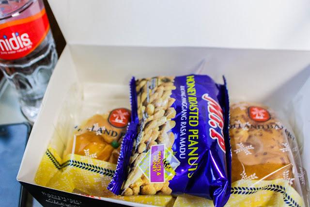 gratis makan di kereta priority argo parahyangan