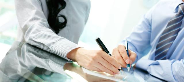 Abogados y firma del contrato