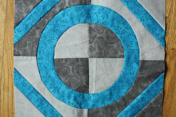 Inset circles | DevotedQuilter.blogspot.com