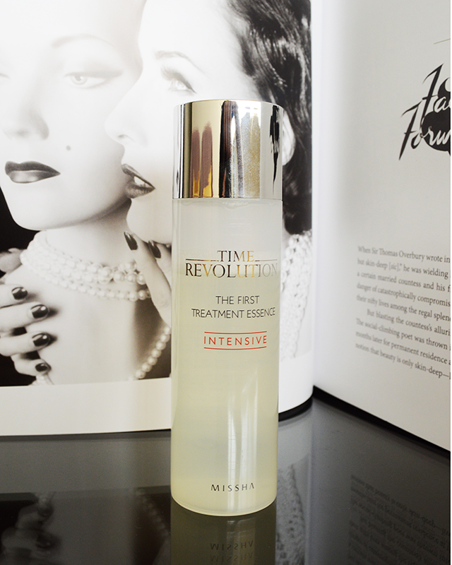 Time Revolution The First Treatment Essence Intensive Moist by Missha #16