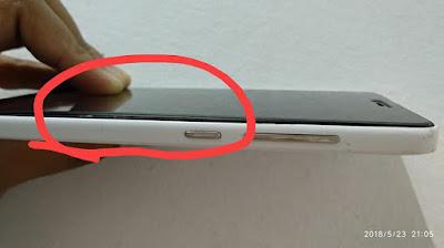 3 Kemungkinan Kenapa Baterai Xiaomi Mi4i Kamu Kembung dan Layar Menjadi Gelap Plus Disertai Icon Hijau Kecil Di Pojok Layar