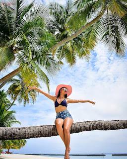 Tridha Choudhury in Bikini Exclusive .xyz Pics Gallery (9)