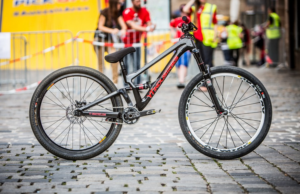 Bicycle Review Yt Slope Carbon Slopestyle Bike Review