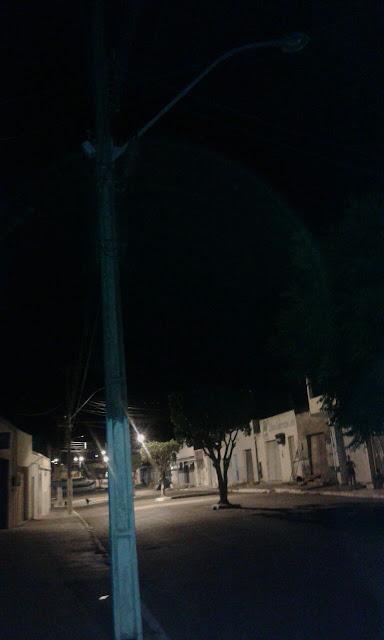 Olho D'Água do Casado: Moradores reclamam de poste com  lâmpada queimada na Rua do Comércio