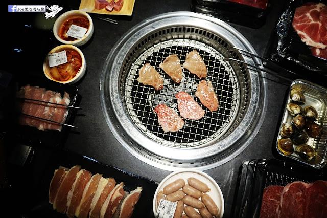 IMG 8777 - 【熱血採訪】肉多多 - 超市燒肉,三五好友一起來採購,想吃甚麼自己拿,現拿現烤真歡樂! 產地直送活體海鮮現撈現烤、日本宮崎5A和牛現點現切!