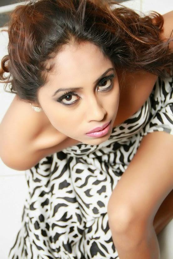 Srilankan girls photos.Lanka Girls Club: Srilankan hot