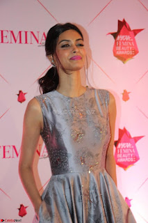 Bollywood Babes at Femina and Nykaa Host 3rd Edition Of Nykaa Femina Beauty Awards 2017 025.JPG