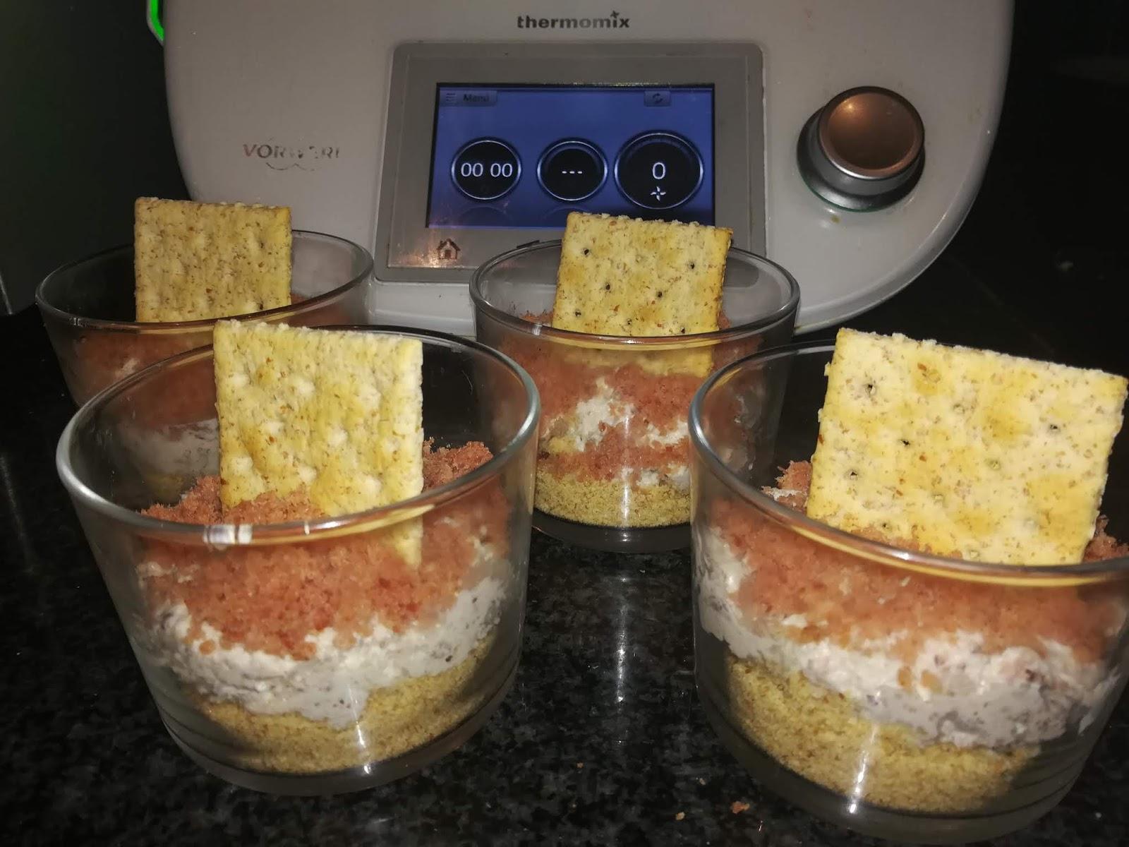 Cheescake salado de roquefort y bacon en vasitos