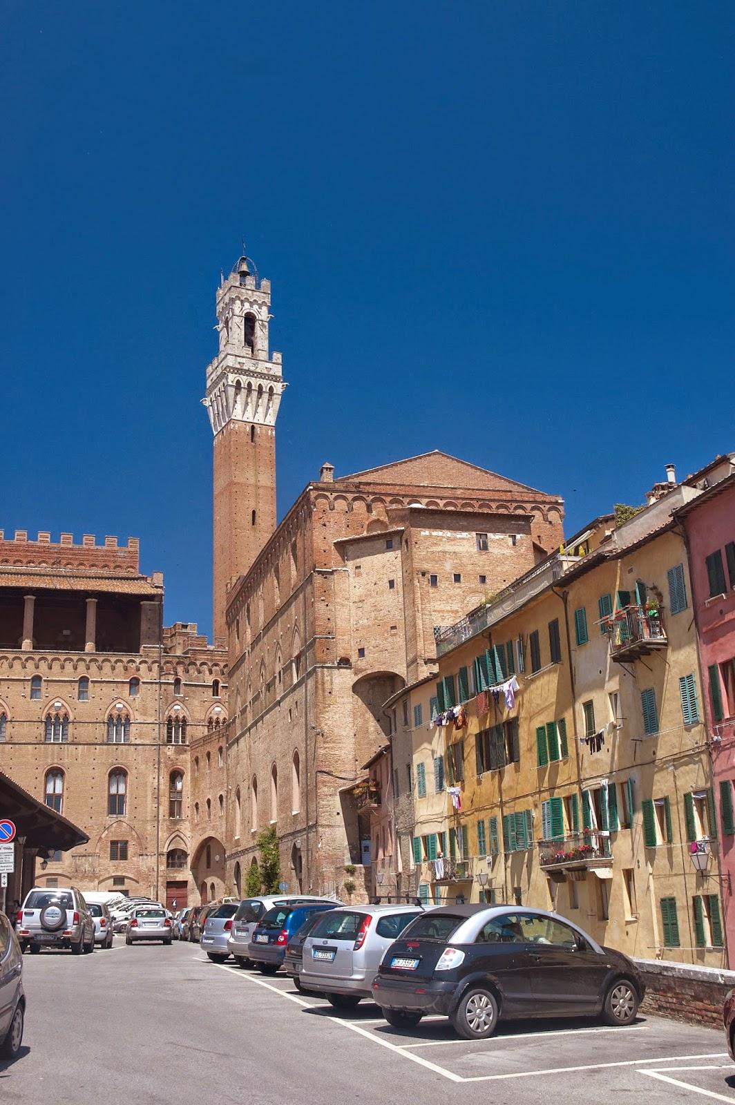 zabudowa miasta Siena