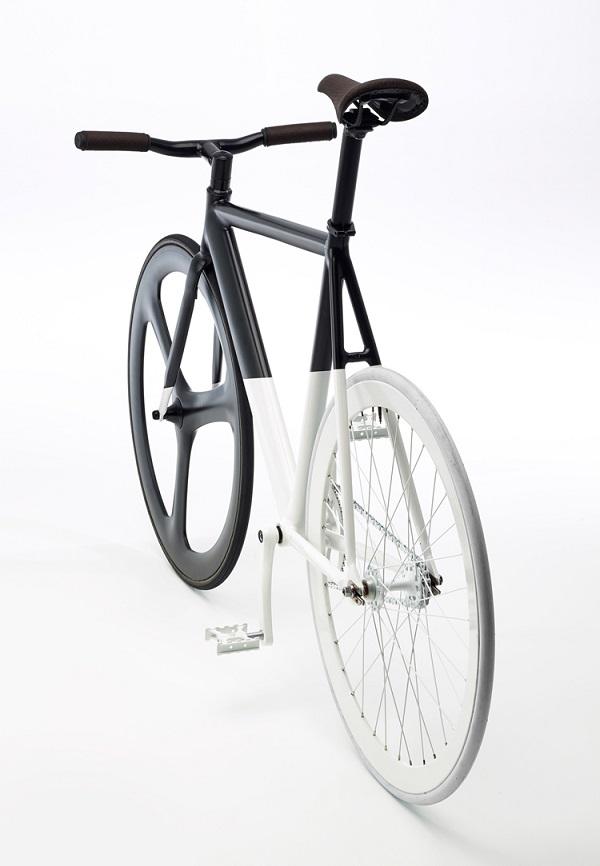 Elgrannino.net: Conozca la bicicleta Black-White Fixie de Eltipo Graphic